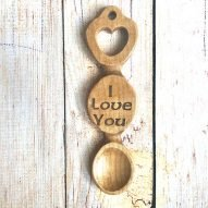 welsh love spoon with engraved I love you