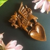 welsh love spoons wedding favours. Dragon