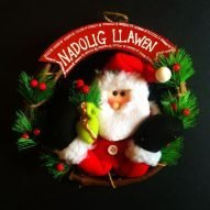 welsh xmas wreath with santa, Welsh Christmas decorations.