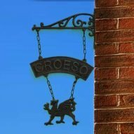 Welsh dragon croeso hanging sign made with cast iron